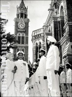 Mrs. Vijaylakshami Pandit, Inspecting the TS Dufferin Cadets.